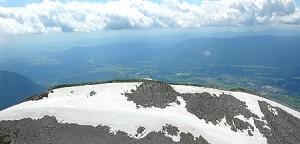 Pogled z vrha proti koči